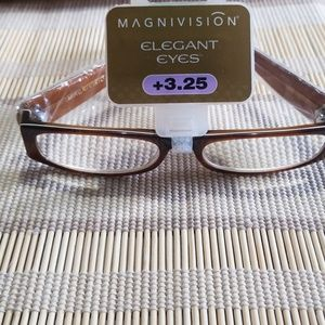 Magnivision Elegant Eyes